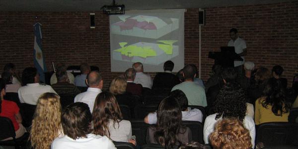 Auditorio de Planta Alta en momento de la defensa de una tesis