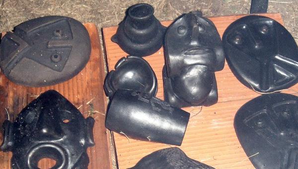 Piezas hornedas (réplicas de la Cultura Aguada)