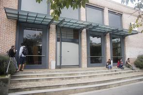 fachada edifico administrativo 2