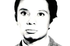 Estudiante de Antropología. Desaparecido el 01/07/1976 a los 26 años. Militante del Grupo Revolucionario de Bases (GRB).