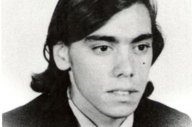 Estudiante de Zoología. Desaparecido el 21/06/1978 a los 22 años. Militante de Montoneros.