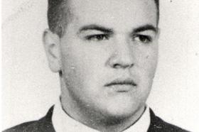 Licenciado en Geología. Desaparecido el 01/04/1978 a los 38 años.