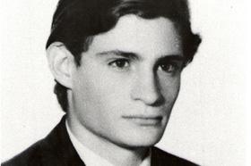 Estudiante de Antropología. Desaparecido el 31/05/1978 a los 26 años. Militante de Resistencia Libertaria.