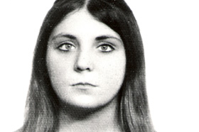La Plata (Buenos Aires). Licenciada en Botánica. Desaparecida 06/12/1977 a los 26 años. Militante del Partido Comunista Marxista  Leninista.