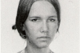 Estudiante de Antropología. Desaparecida el 19/09/1979 a los 27 años. Militante de Montoneros.
