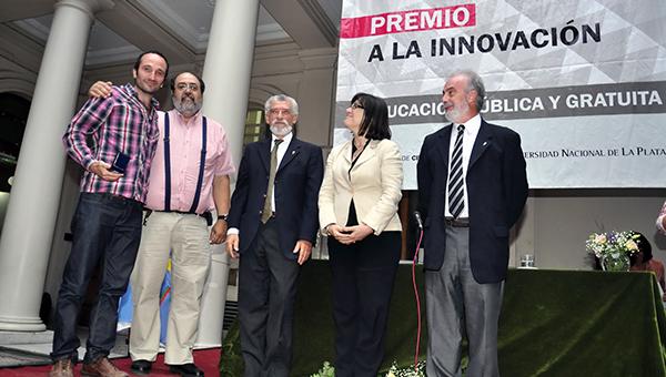 Premio 2014 Investigador Joven - FCNyM - Soibelzon, Esteban