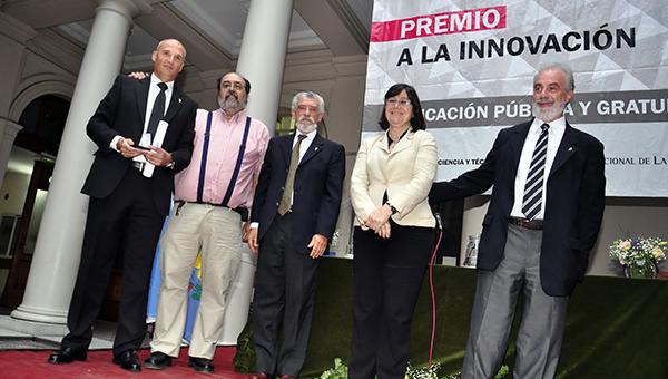 Premio 2014 Investigador Formado - FCNyM - Vizcaíno, Sergio F.