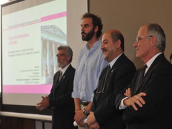 Premio 2010 Investigador Joven - FCNyM - Pérez, Sergio Iván